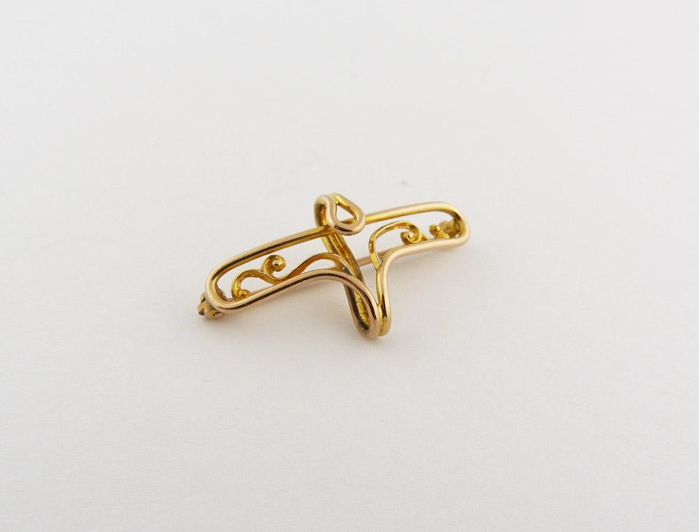 Ladies 10K Gold PW Lapel Pin