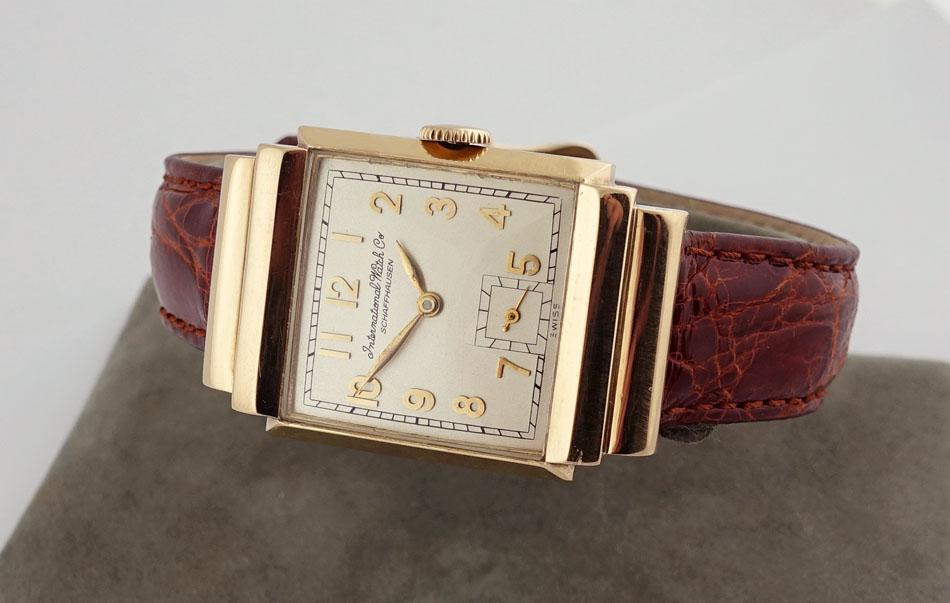 IWC Schaffhausen 14K Gold Men's wrist watch for sale